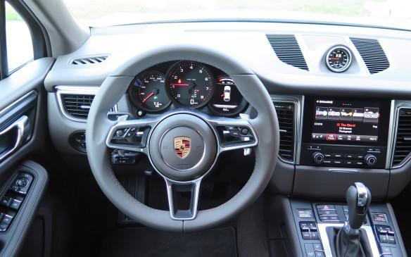 <p>The 2017 Macan, along with its S, GTS and Turbo siblings gets PCM 4.0 with a faster operating system. A seven-inch tablet-like screen, satellite and HD radio, lane departure warning, front and rear park assist and rear camera are now standard across the line.</p>