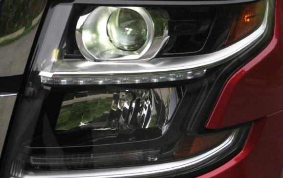 2015 Chevrolet Tahoe - headlight detail