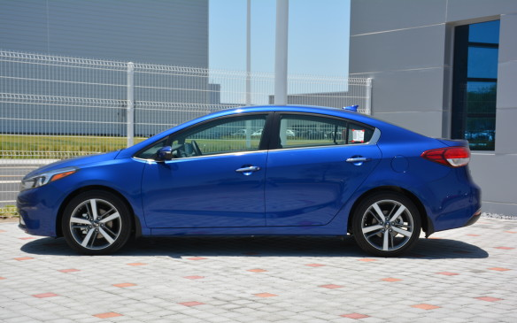 <p>For 2015, the Forte rang in as the 10th best-selling compact sedan in Canada. So far in 2016, it ranks 11th in a neck-and-neck race with the Subaru Impreza, just behind the Chevrolet Cruze, Nissan Sentra and Ford Focus.</p>