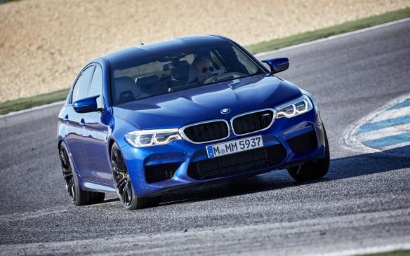 BMW M5 – the ultimate stealthy sport sedan