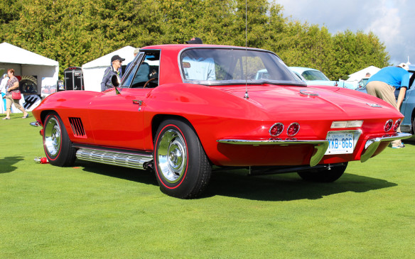 <p>Winner of the post-'62 class was this 1967 Corvette Sting Ray Convertible with a seldom-seen removable hardtop and powered by a 427 cubic-inch, 435-hp L71 V-8 engine.</p>