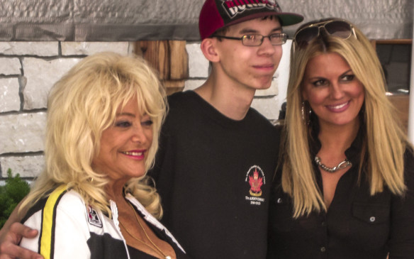 <p>Other guests this year included TV car show host Courtney Hansen and the legendary Miss Hurst, Linda Vaughn. American custom car builders George Barris and Gene Winfield, as well as My Classic Car TV host Dennis Gage, also met fans.</p>