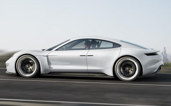 <p>Porsche Mission e concept</p>