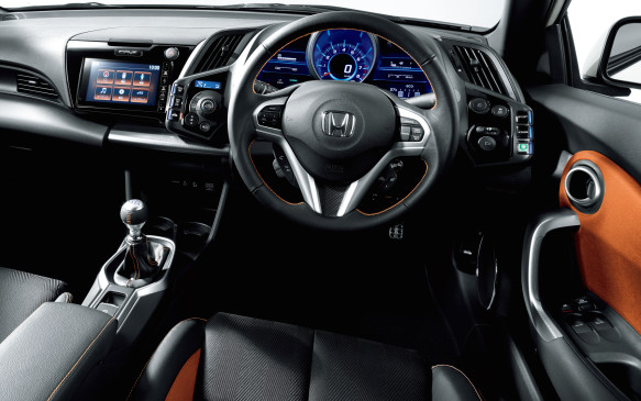 <p>2016 Honda CR-Z interior</p>
