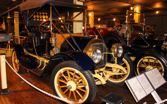 <p>Another Canadian car, the McKay, was built by the Nova Scotia Carriage and Car Company of Kentville, NS, beginning in 1910. It used an American Buda engine and was intended to compete at the Packard price level, but the company succumbed in 1913 after moving to Amherst.</p>