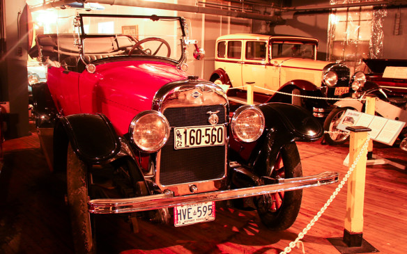 <p>In the foreground is an Oshawa-built 1922 McLaughlin-Buick seven-passenger Touring car, with a 1931 McLaughlin-Buick sedan in the background.</p>