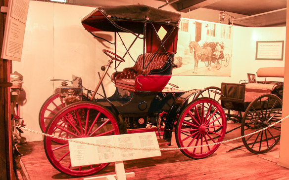 <p>One of McLaughlin's greatest competitors, both in its carriage and early automobile markets, was the Tudhope Carriage Company of Orillia, Ontario. Like McLaughlin, Tudhope introduced its first car in 1908, using running gear from the McIntyre company of Auburn, Indiana. After a fire destroyed Tudhope's plant in 1909, the company tried to re-establish a car business but ultimately returned to carriage production after buying McLaughlin Carriage.</p>