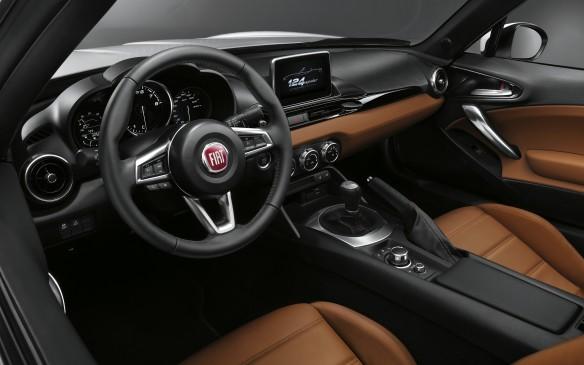 <p>2017 Fiat 124 Spider</p>