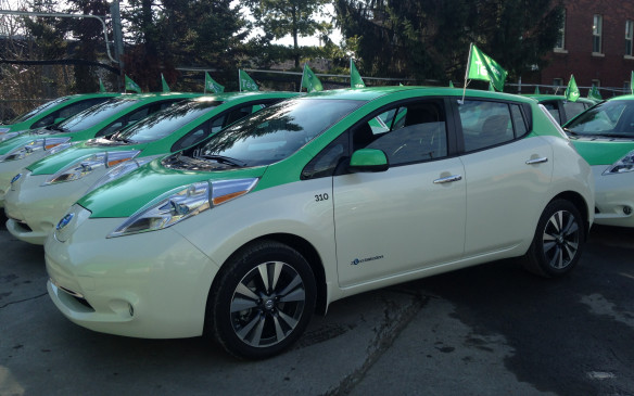 <p>Teo Nissan Leaf taxis for Montreal fleet</p>