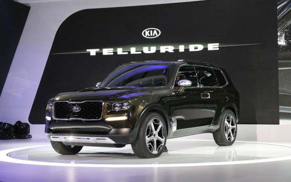 <p>Kia introduced another way to haul seven people around, in the surprising Telluride concept. It's a luxurious, full-size, three-row SUV that's 25 cm longer than its existing Sorento, and is likely to be produced on a modified Sorento platform.</p>