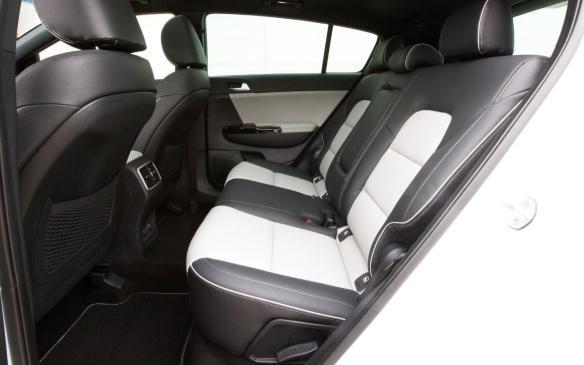 <p>2017 Kia Sportage GT-Line rear seat</p>
