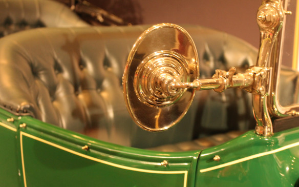 <p>A decade later, brass was still prevalent on this 1915 Cadillac.</p>