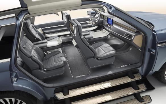 <p>Lincoln Navigator Concept interior</p>