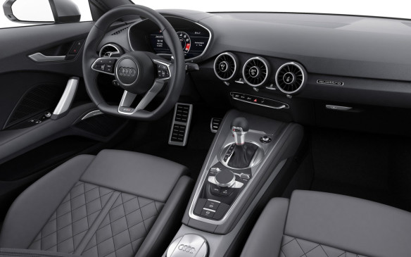 <p>2016 Audi TTS Coupe interior</p>