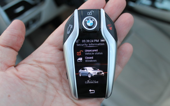 <p><strong></strong>The 7 Series has a remarkable key fob – like having a dedicated smartphone and app in the palm of your hand.</p>