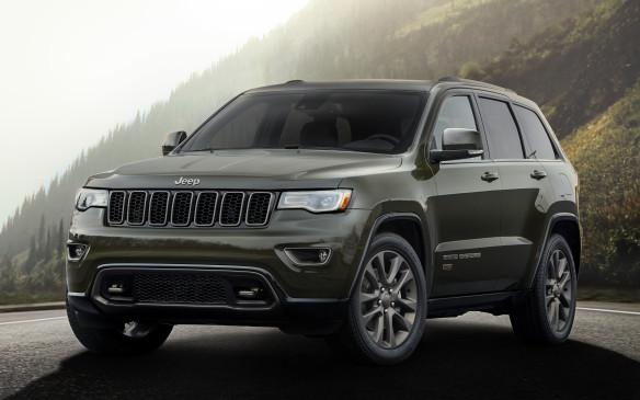<p>2016 Jeep Grand Cherokee</p>