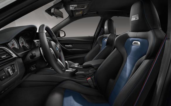 <p>BMW M3 30 Jahre Edition front seats</p>
