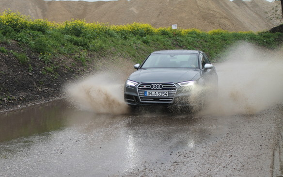 <p>We had lots of fun driving the S3 – weather be damned!</p>