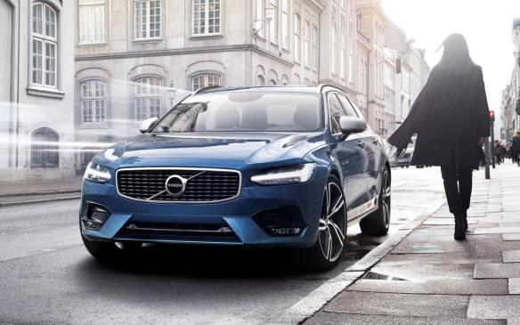 "<p>The 2017 Volvo S90 is the only Volvo product featured at AJAC's Car of the Year. The Swedish brand's flagship is built on a new platform with new engine choices, but the most exciting thing about it is its new looks. The S90 has a sleek silhouette that possesses more curves than we are accustomed to from Volvo. If that's not enough, ""Thor's hammer"" headlights will make sure you get excited about the product.</p>"
