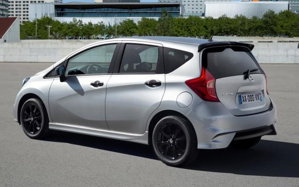 <p>Black Edition Nissan Note</p>