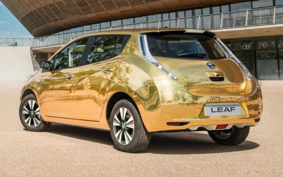 <p>Gold Nissan Leaf</p>