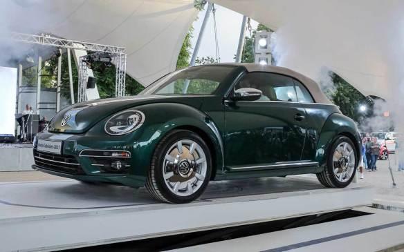 <p>2017 Volkswagen Beetle Cabriolet</p>