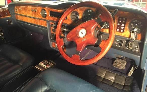<p>1982 Rolls-Royce Corniche FHC interior</p>