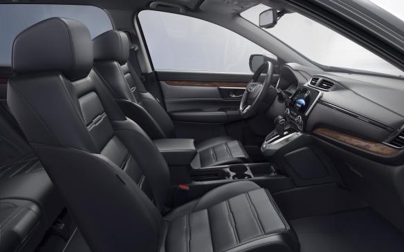 <p>2017 Honda CR-V front seats</p>