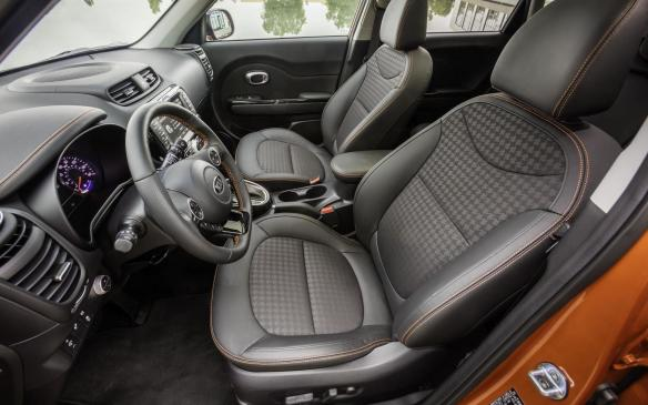 <p>2017 Kia Soul Turbo interior</p>