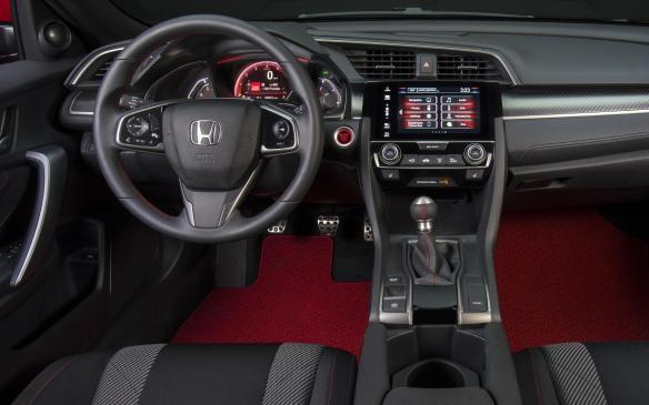 <p>Honda Civic Si Prototype interior</p>