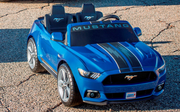 <p>Power Wheels Ford Mustang</p>