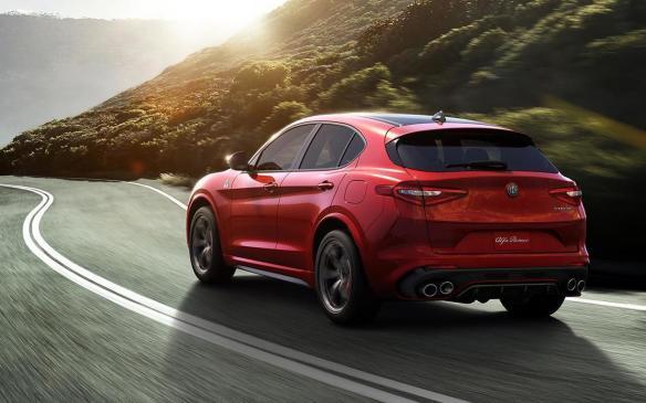<p>2018 Alfa Romeo Stelvio</p>