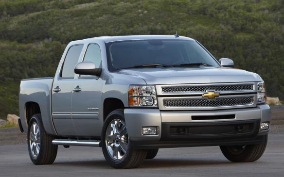 <p>Should you buy a used 2007-2013 Chevrolet Silverado/GMC Sierra</p>