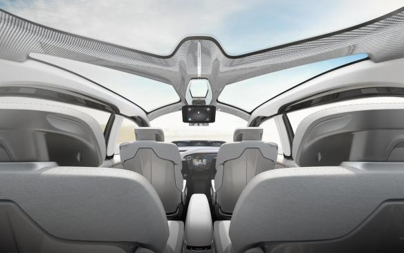 <p>Chrysler Portal interior</p>