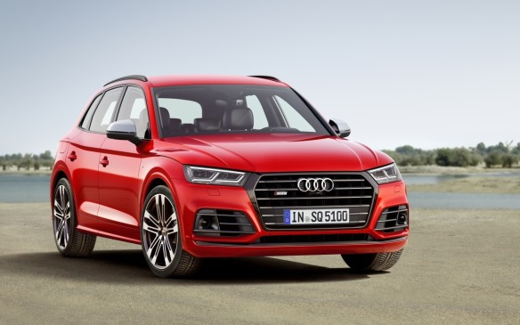 <p>With increased power, a new turbocharged V-6 engine and a more sporty design, the all-new second-generation offers a full suite of available driver assistance systems and advanced infotainment features, combined with a dynamic driving experiencethat is intended to set a new standard in the luxury performance crossover segment.</p> <p>It featuresan all-new 3.0-litre TFSI V-6 enginethat produces 354 hp and 369 lb-ft of torque, between a broad 1370 - 4500 rpm range. The eight-speed tiptronic transmission complementstheample low-end torque of the turbocharged V-6.</p>