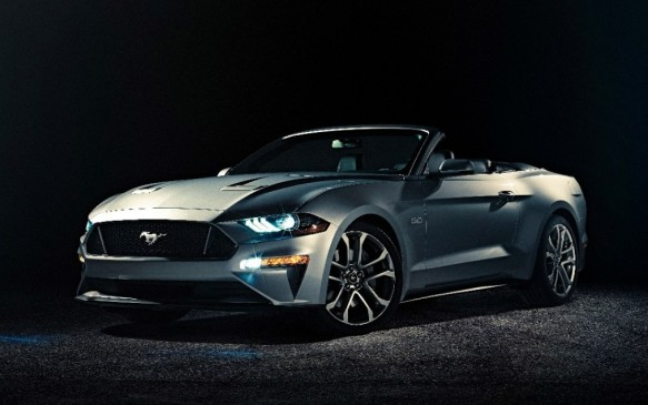 <p>2018 Ford Mustang GT Convertible</p>