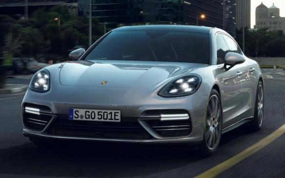 <p>2018 Porsche Panamera Turbo S E-Hybrid</p>