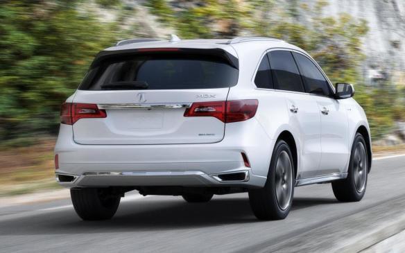 <p>2017 Acura MDX Sport Hybrid</p>
