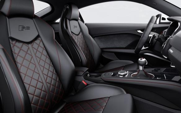 <p>2018 Audi TT RS seats</p>