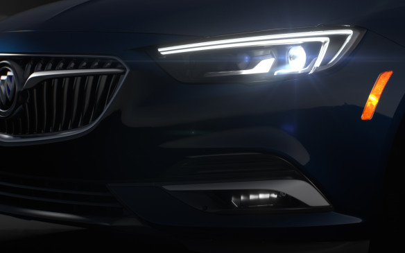 <p>2018 Buick Regal Sportback headlight</p>