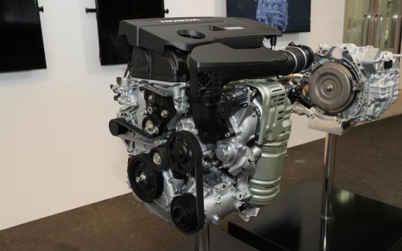 <p>Honda Accord 2-litre turbo engine</p>