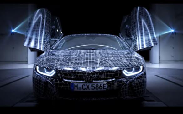 <p>BMW i8 Roadster scissor doors</p>
