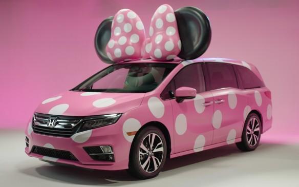 <p>2018 Honda Odyssey Minnie Van</p>