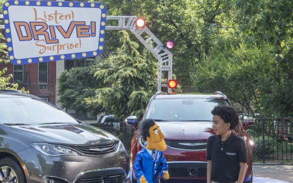 <p>Chrysler Pacifica on Sesame Street</p>