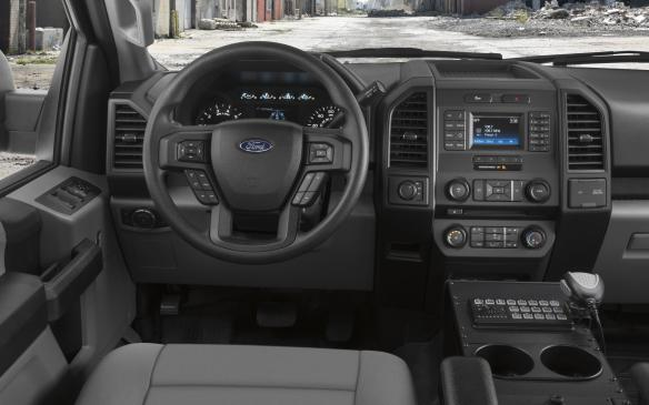<p>2018 Ford F-150 Police Responder interior</p>