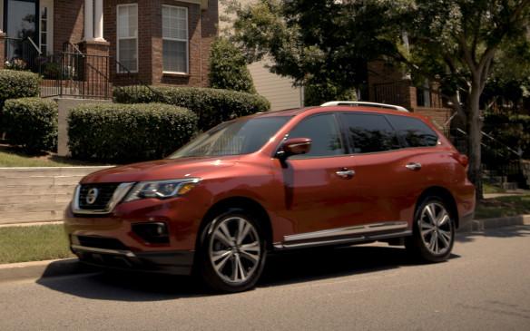 <p>2018 Nissan Pathfinder</p>