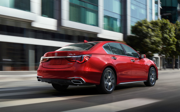 <p>2018 Acura RLX</p>