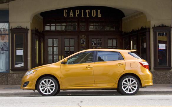 <p>2009-10 Toyota Matrix</p>