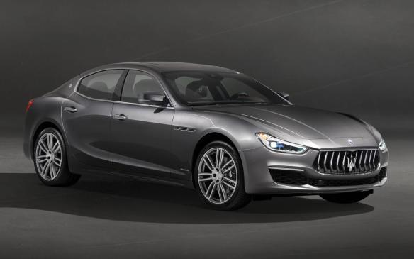<p>Maserati Ghibli GranLusso</p>