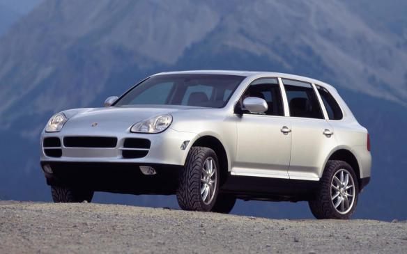 <p>2003 Porsche Cayenne</p>
